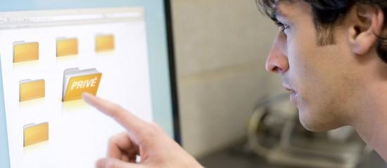 Vie privée: consultation des fichiers d'un salarié par son employeur