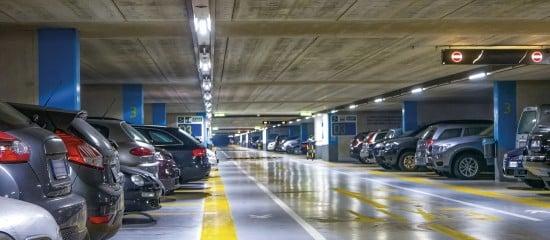 Faut-il encore investir dans des places de parking?