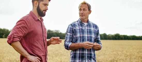 Mise à disposition d'un terrain agricole à une société par un associé propriétaire